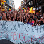 "España: Ola de protestas por liberación de miembros de ""La Manada"", acusados de abuso sexual (VIDEO)"
