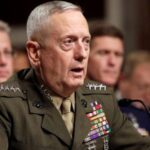 Legisladores piden a Mattis que abogue por aceptar a soldados transgénero