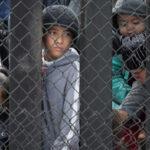 EEUU: Jueza federal ordena reunir en 30 días a menores inmigrantes separados de sus familias (VIDEO)