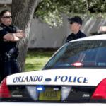EEUU: Hombre atrincherado con cuatro niños en Orlando hiere a un policía