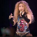 España: Denuncian a Shakira de usar supuesto símbolo nazi en su gira internacional (VIDEO)