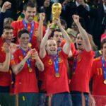 """Mundial Sudáfrica 2010: Las """"vuvuzelas"""" asumen el papel de estrellas (video)"""