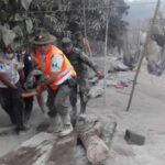 Guatemala: Nuevas explosiones enVolcán de Fuego y lluvias torrenciales aumentan tensión (VIDEO)