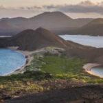 """Ecuador: """"Alerta amarilla"""" en zona de influencia por erupción de volcán en Galápagos"""
