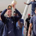 Selección de Francia regresa victoriosa a París tras ganar el Mundial de Rusia