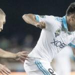 Raúl Ruidíaz anota su primer gol en la MLS y lo celebra con bandera peruana