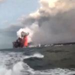 """Hawaii: """"Bomba"""" de lava volcánica cae sobre un barco turístico y deja 23 heridos (VIDEO)"""