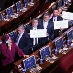 Colombia: La FARC llega al Congreso de traje y corbata y con proyectos en mano