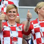 YouTube: Presidenta de Croacia celebra triunfo de su país como una hincha más