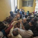 Nicaragua: Suspenden mesas de diálogo por agresiones físicas a obispos
