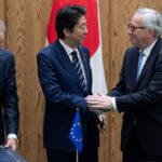 La Unión Europea firma con Japón su acuerdo comercial más ambicioso (VIDEO)