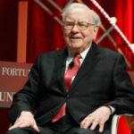 Warren Buffett dona USD 3.400 millones a entidades decaridad y deja podio de los más ricos