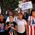 EEUU encara la entrega masiva de menores tras incumplir con solo 102 niños