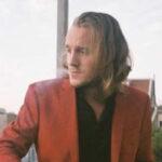 España: Cinco jóvenes asesinan a golpes al cineasta holandés Wouter Van Luijn