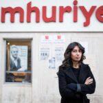 Una periodista turca condenada a 2 años de cárcel por entrevistar a detenidos
