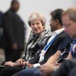 Reino Unido: Por 3 votos Theresa May supera la última rebelión conservadora del Brexit