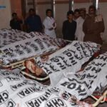 Pakistán: Suben a 128 los muertos en un atentado contra un acto electoral