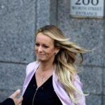 Desestiman cargos contra actriz porno Stormy Daniels por actos estriptis