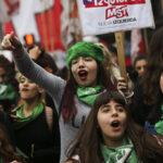 Periodistas argentinas piden que no mueran más mujeres por abortos clandestinos