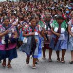 """Cientos de mujeres participan en tradicional """"Carrera de la tortilla"""" (Fotos)"""