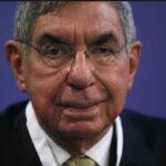 Costa Rica: Expresidente y Nobel de la Paz Óscar Arias es acusado de prevaricato