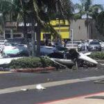 EU: Avioneta se estrella en estacionamiento de centro comercial y deja 5 muertos (Video)
