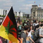 Miles de manifestantes desfilan por Berlín por la legalización del cannabis