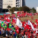 Miles de campesinos en Brasilia para la gran jornada de apoyo a Lula este miércoles (VIDEO)