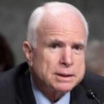 Latinos recuerdanapoyo de McCain a la reforma migratoria y su oposición a Trump (VIDEO)