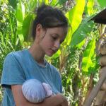 Regresa a España junto a su bebé la joven captada por secta en Perú