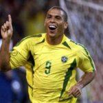 Ronaldo marcó el inicio de multimillonarios contratos de futbolistas