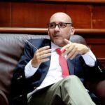Sueldo mínimo: Ministro de Trabajo reconoce atraso histórico