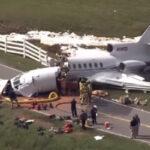 EEUU: Aviónse parteen fatal aterrizaje, mueren piloto y copiloto, dos pasajeros graves (VIDEO)