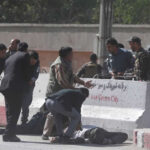 Afganistán: Dos periodistas muertos y 4 heridos en doble atentado en Kabul