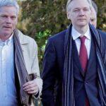 Assange cede dirección de WikiLeaks a antiguo portavoz por su aislamiento