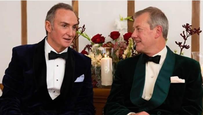 Familia real británica celebra primera boda gay