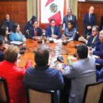 Portavoces parlamentarios: Vizcarra aseguró que no desea cerrar el Congreso