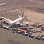 EEUU: Avión con 500 pasajeros procedente de Dubai fue puesto en cuarentena (VIDEO)