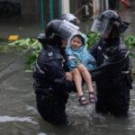 China: Dos muertos y cuantiosos daños deja en el sureste el tifón Mangkhut (VIDEO)