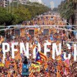Multitudinaria marcha en Barcelona pide libertad de independentistas presos