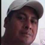 México: Sicarios en motocicleta asesinan a periodista cuando salía de su domicilio (video)