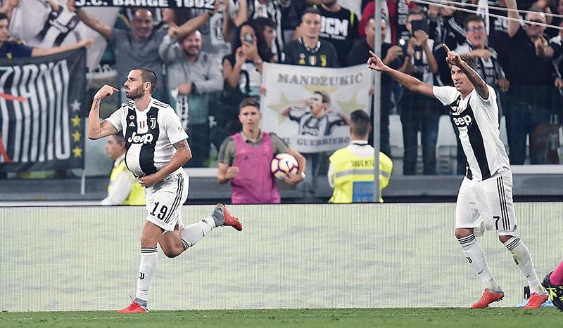 Serie A Italia  Juventus afianza su liderato tras remontar 3 a 1 al Nápoles 07768040d2e80