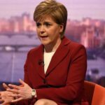 Sturgeon reconoce haber sufrido acoso escolar durante la educación primaria
