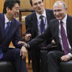 Putin propone firmar tratado paz con Japón antes de fin año y sin condiciones