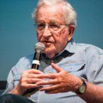 Brasil: Chomsky afirma que Lula debería ser candidato presidencial por derecho
