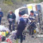 """Áncash: Caída al abismo de """"combi"""" deja menor fallecida y cinco heridos"""