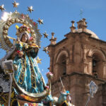 Exposición fotográfica peruana acerca fiesta de la Candelaria a la India