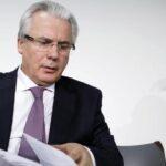 Garzón tilda de unilateral y arbitrario protocolo de Ecuador para Assange