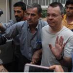 Turquía: Tribunal liberó a pastor Andrew Brunson quien podrá regresar a EEUU (VIDEO)