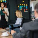 California fija una cuota mínima de mujeres en los consejos de administración